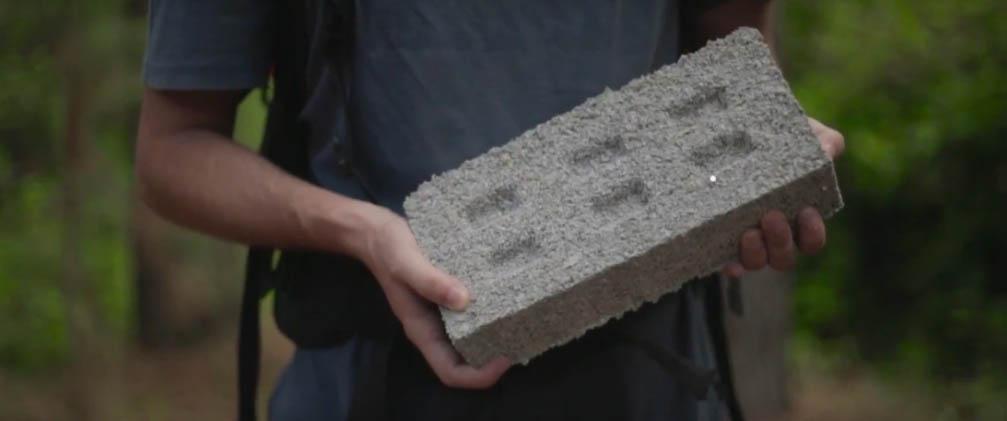 Ladrillos fabricados con desechos de plástico